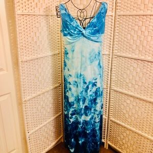 RONNI NICOL , 10 Sized Dress